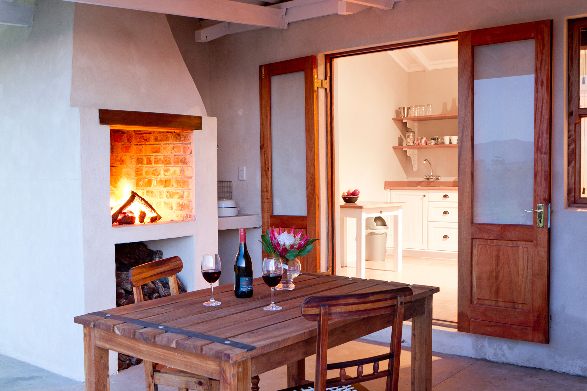 Black Oystercatcher Cottages stoep with braai facilities